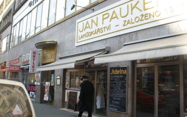 Отель -Národní 17 Чехия, Прага - отзывы, цены и фото номеров - забронировать отель -Národní 17 онлайн вид на фасад