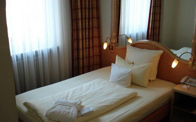 Отель Drei Loewen Hotel Германия, Мюнхен - 14 отзывов об отеле, цены и фото номеров - забронировать отель Drei Loewen Hotel онлайн комната для гостей