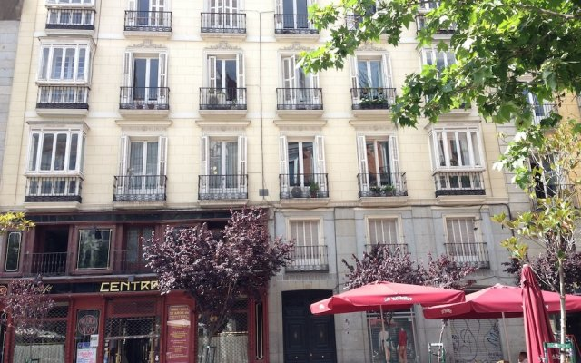 Отель Centro Madrid Cervantes Испания, Мадрид - отзывы, цены и фото номеров - забронировать отель Centro Madrid Cervantes онлайн вид на фасад