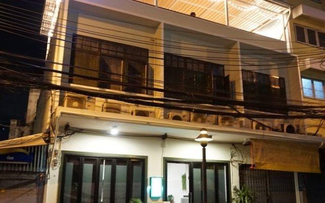 Krit Hostel вид на фасад