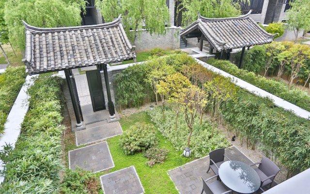 Отель Banyan Tree Lijiang