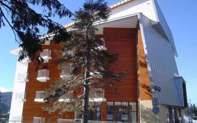 Dafovska Hotel вид на фасад