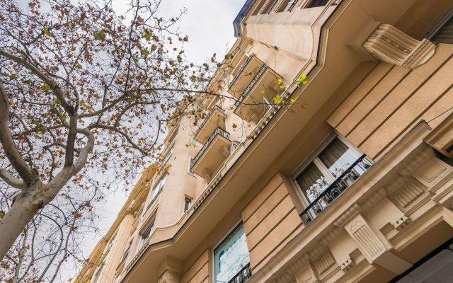 Отель Apartamento Centro Retiro Madrid Испания, Мадрид - отзывы, цены и фото номеров - забронировать отель Apartamento Centro Retiro Madrid онлайн вид на фасад