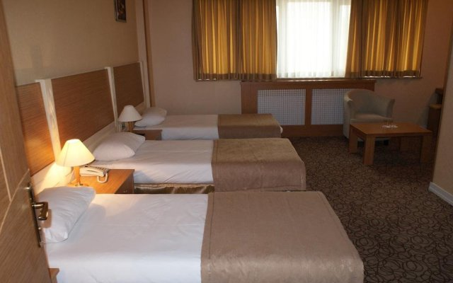 Avtovagzal Hotel