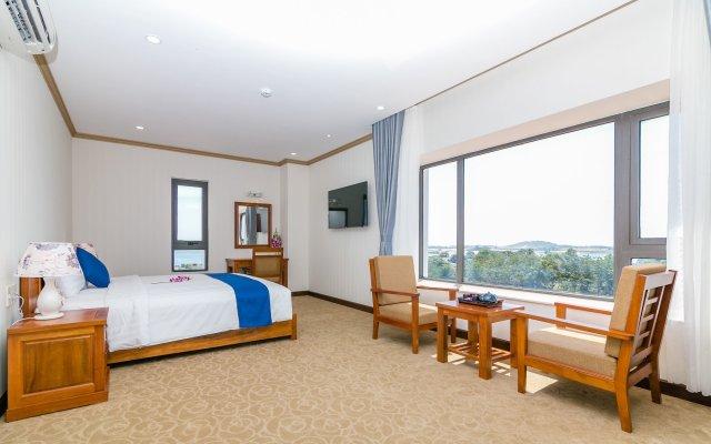 Navy Hotel Cam Ranh Камрань комната для гостей