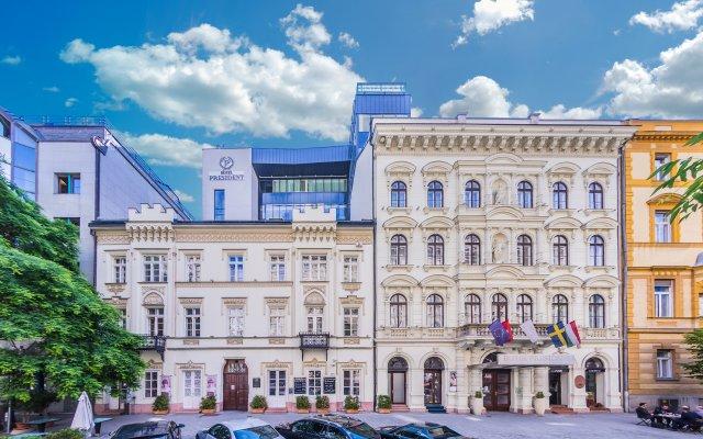Отель President Венгрия, Будапешт - 10 отзывов об отеле, цены и фото номеров - забронировать отель President онлайн парковка