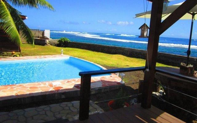 Отель Tahiti Surf Beach Paradise вид на фасад