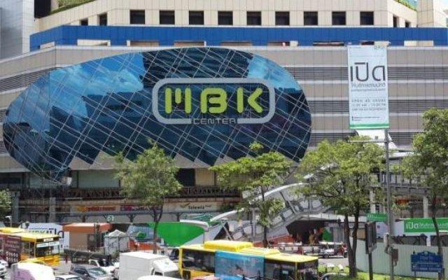 Отель S2s Boutique Resort Bangkok Бангкок вид на фасад