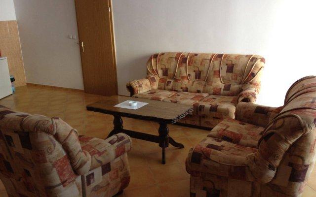Apartments De Lara