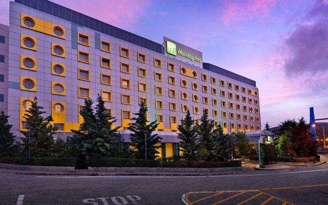Отель Holiday Inn Athens Attica Av. Airport West вид на фасад