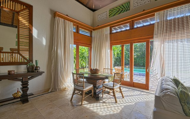 Отель The Villas at Cap Cana by AlSol комната для гостей