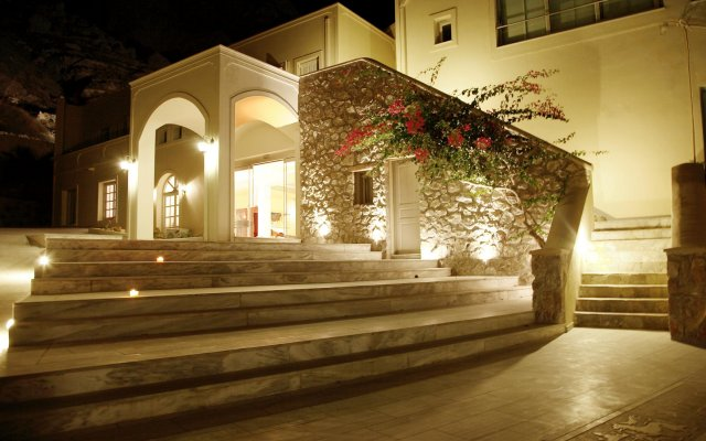 Hotel Antinea Suites & SPA вид на фасад