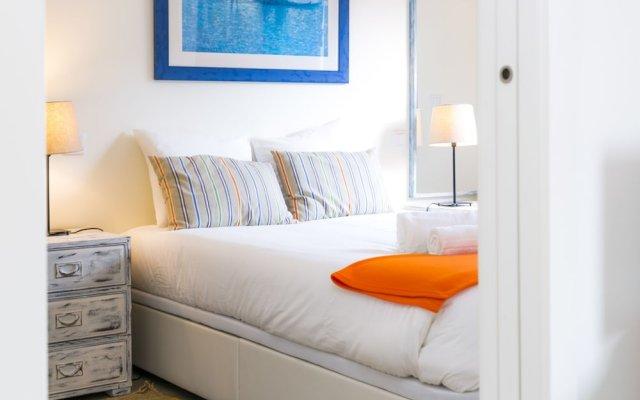Отель Liiiving In Porto - Boavista Corporate Flat Порту комната для гостей