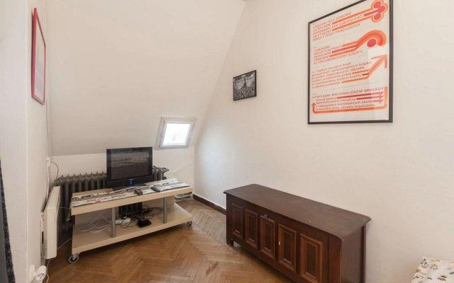 Отель Velvet Revolution Apartment Чехия, Прага - отзывы, цены и фото номеров - забронировать отель Velvet Revolution Apartment онлайн комната для гостей