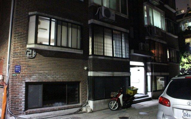 Отель artist77house Южная Корея, Сеул - отзывы, цены и фото номеров - забронировать отель artist77house онлайн вид на фасад