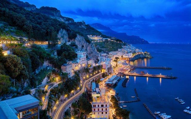 Отель NH Collection Grand Hotel Convento di Amalfi Италия, Амальфи - отзывы, цены и фото номеров - забронировать отель NH Collection Grand Hotel Convento di Amalfi онлайн вид на фасад