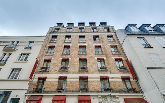 Отель Pavillon Courcelles Parc Monceau вид на фасад