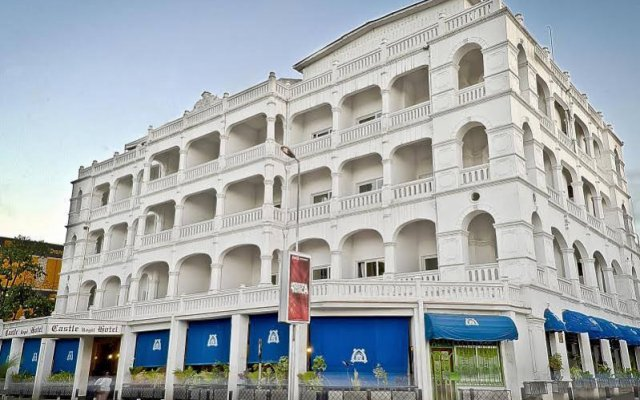 Sentrim Castle Royal Hotel