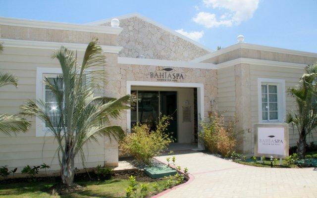 Отель Luxury Bahia Principe Esmeralda - All Inclusive вид на фасад