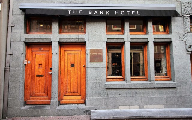 Отель The Bank Hotel Нидерланды, Амстердам - отзывы, цены и фото номеров - забронировать отель The Bank Hotel онлайн вид на фасад