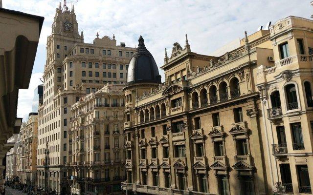 Отель Hostal Felipe V Испания, Мадрид - отзывы, цены и фото номеров - забронировать отель Hostal Felipe V онлайн вид на фасад