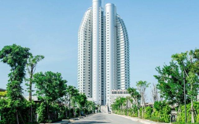 Отель La Mer Residence and Pool Villa Pattaya By Favstay На Чом Тхиан вид на фасад