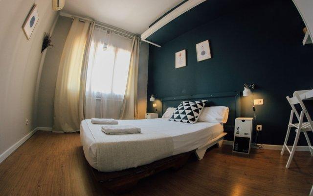Отель BirdHouse Испания, Барселона - отзывы, цены и фото номеров - забронировать отель BirdHouse онлайн вид на фасад