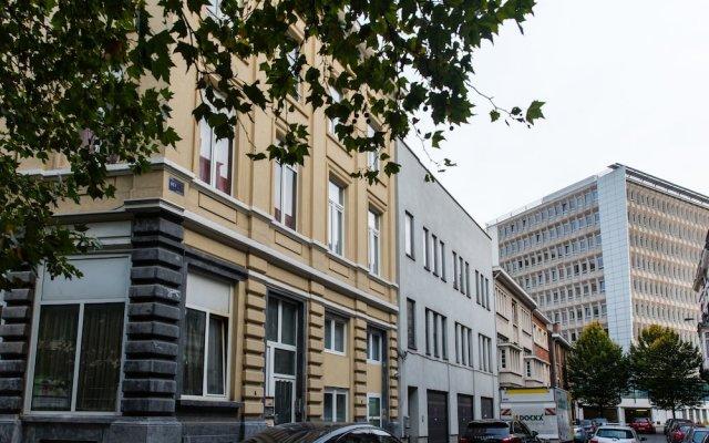 Отель Urban Suites Brussels Schuman Брюссель вид на фасад
