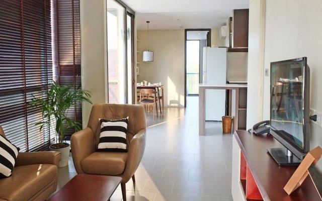 Balcony Courtyard Sriracha Hotel & Serviced Apartments комната для гостей