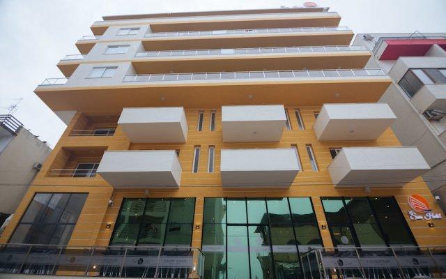 Sun Hotel вид на фасад