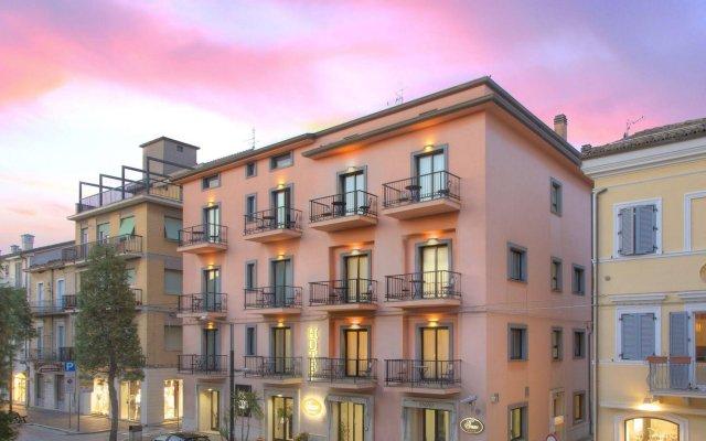 Отель Enzo Италия, Порто Реканати - отзывы, цены и фото номеров - забронировать отель Enzo онлайн вид на фасад