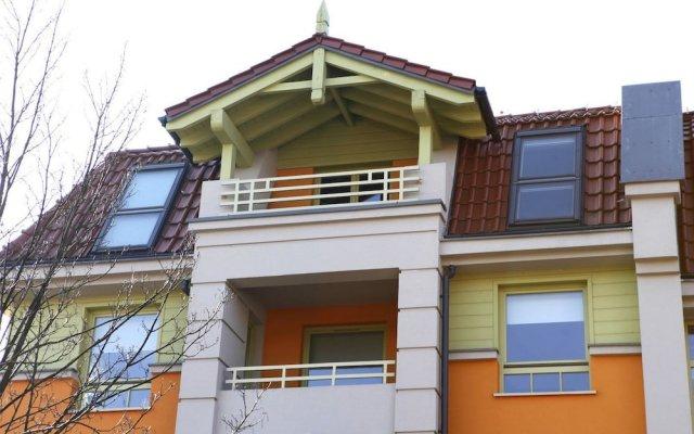 Отель Rodzinny - Sopockie Apartamenty Сопот вид на фасад