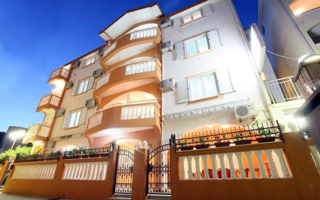 Отель Memidz Черногория, Будва - отзывы, цены и фото номеров - забронировать отель Memidz онлайн вид на фасад
