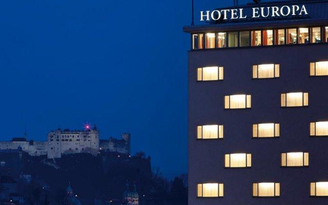 Austria Trend Hotel Europa Salzburg Зальцбург вид на фасад