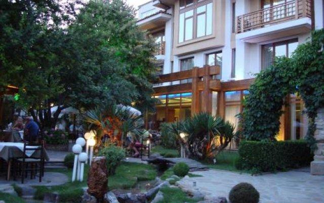 Отель Bozukova House Болгария, Сливен - отзывы, цены и фото номеров - забронировать отель Bozukova House онлайн вид на фасад