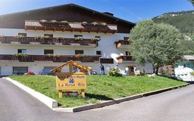 Отель Villa Bacchiani - La Rosa Blu Долина Валь-ди-Фасса вид на фасад