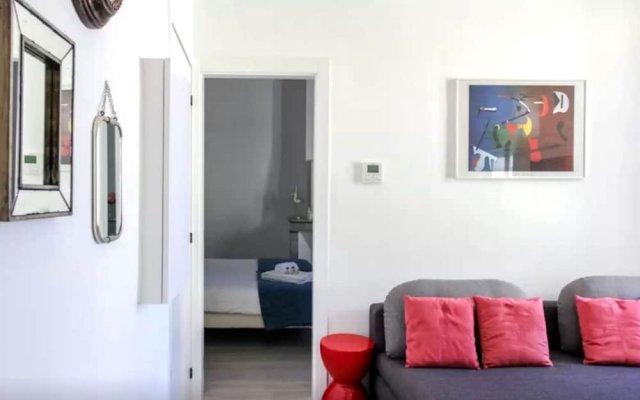 Lovely and Modern 1 Bedroom 1