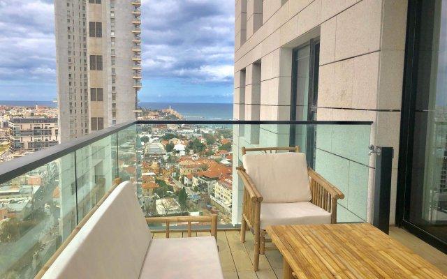 Gindi TLV · Luxury TLV Sea&City View 4BR/3BA~Terrace+Gym& Pool Израиль, Тель-Авив - отзывы, цены и фото номеров - забронировать отель Gindi TLV · Luxury TLV Sea&City View 4BR/3BA~Terrace+Gym& Pool онлайн вид на фасад