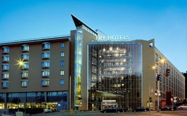 Отель NH Prague City вид на фасад