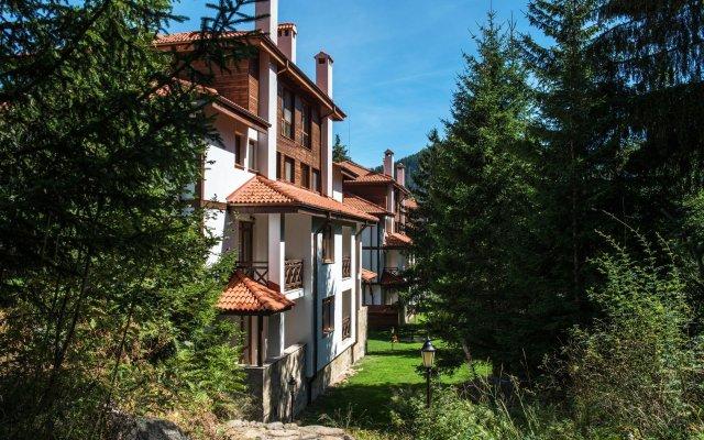Отель Mountain Lake Hotel Болгария, Чепеларе - отзывы, цены и фото номеров - забронировать отель Mountain Lake Hotel онлайн вид на фасад