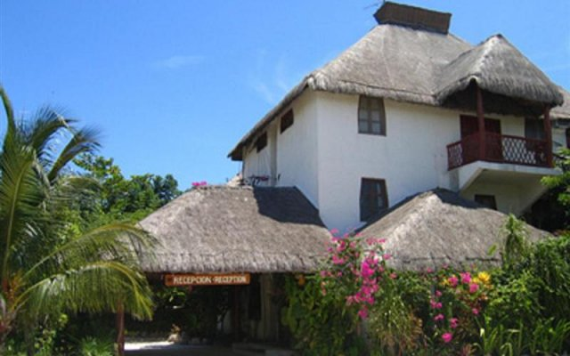 Hotel Cabanas Los Lirios Tulum
