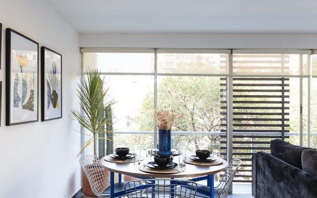 Апартаменты Bright 2BR Condesa Apartment With Balcony Мехико питание