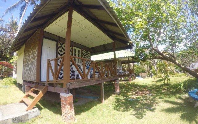 Отель Bungalow Raya Resort вид на фасад