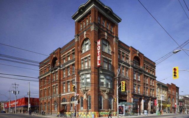 Отель Gladstone Hotel Канада, Торонто - отзывы, цены и фото номеров - забронировать отель Gladstone Hotel онлайн вид на фасад