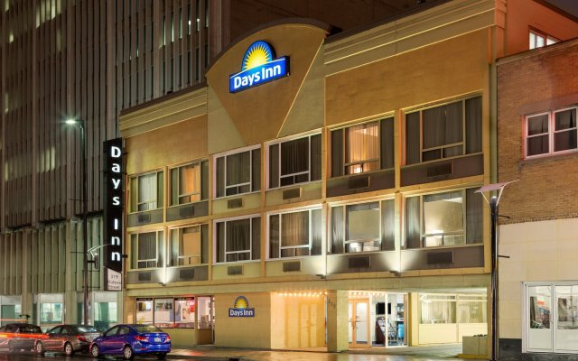 Отель Days Inn - Ottawa Канада, Оттава - отзывы, цены и фото номеров - забронировать отель Days Inn - Ottawa онлайн вид на фасад