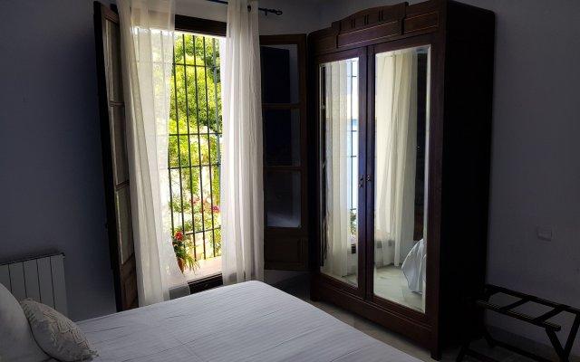 Отель Palacio Cobertizo De Santa Ines комната для гостей