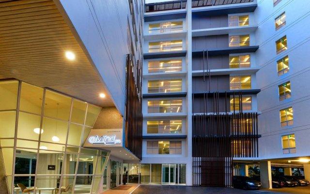Hotel Amber Sukhumvit 85 Бангкок вид на фасад