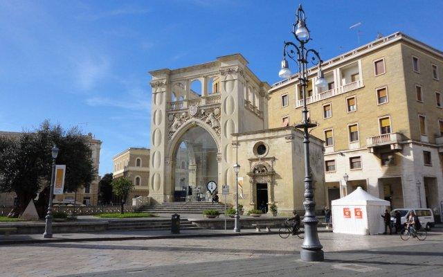 Отель Piazza Salento Лечче вид на фасад