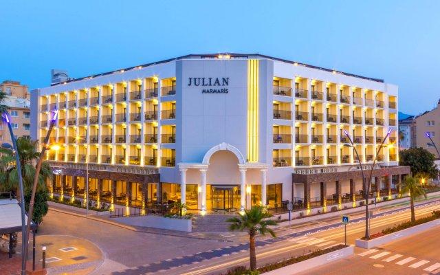 Отель Julian Marmaris вид на фасад