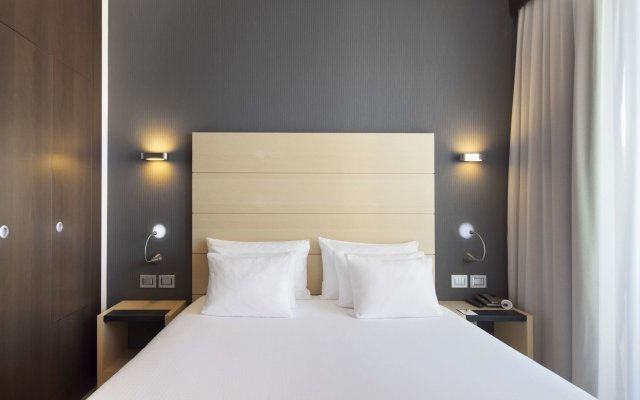 Отель Nh Collection President Милан комната для гостей